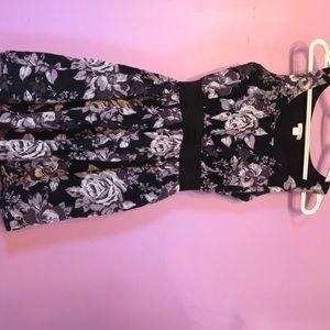 Flower pattern black and purple dress!